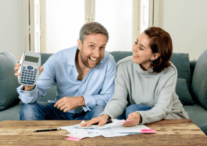 happy-couple-clearing-bankruptcy-debt