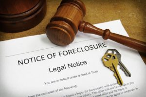 Foreclosure-Notice-Legal-Notice-Gavel-House-Keys